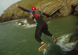 Coasteering in Torquay