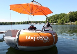 Donut Boat on a lake Berlin