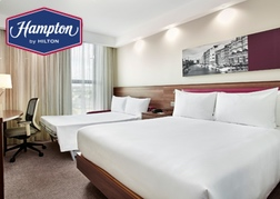 Triple Room at the Hampton by Hilton Bristol