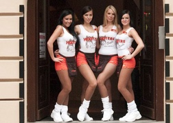 Hooters staff Prague