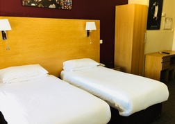 Twin room at Hotel Celebrity Bournemouth