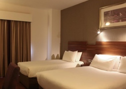 Jurys Inn Edinburgh Triple Room