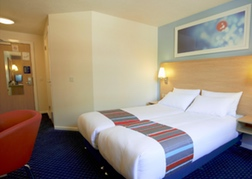Travelodge Cheltenham Twin Room